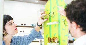 Come rendere più belli gli occhiali in vetrina